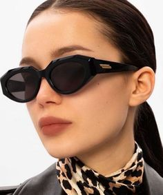 How to Look Expensive on a Budget / Geekglamma Best Aviator Sunglasses, Retro Sunglasses, Cute Winter Outfits, Casual Fall Outfits, Casual Winter, Beauty Tips To Look Younger, Cute Fashion, Fashion Outfits, Fashion Trends