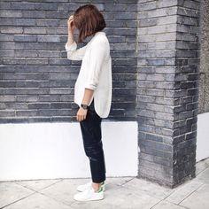 Chucks or Stan Smiths, straight leg pants and loose shirt