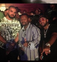 "Drake Disses Meek Mill In His Own City; Performs ""Back to Back In Philly!"