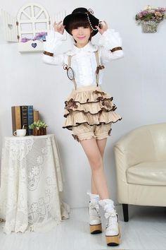 Steampunk lolita shorts http://item.taobao.com/item.htm?spm=a1z10.3.w17-7505315202.90.3WnlUF=16492942394