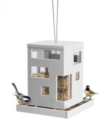 As you can expect from all Umbra products, modern and stylish. Umbra Bird Cafe Hanging Bird Feeder comes in stylish and modern design, even wild birds deserve