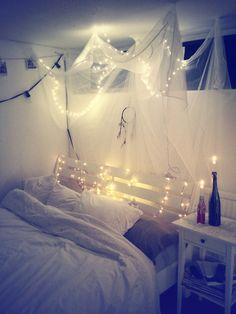 #christmas #lights #white #bedroom #home #decor #ideas