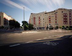 Eduardo Nave – A la hora y en el lugar – 30y3 – Spanish Photography Now Street View, Space, Lugares