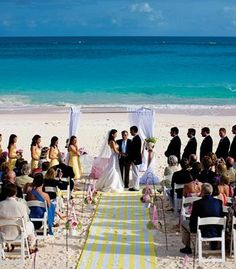 Beach wedding in Bermuda