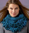 Fringed Cowl Knitting Pattern | Red Heart