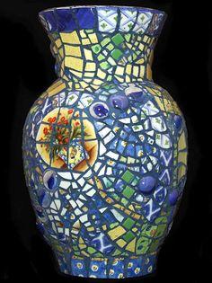 Provence - I have a dozen plain glass vases!