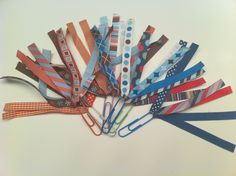 DIY Ribbon Book Marks - could use as incentives. For each AR point earned you get a ribbon? Can hang from hook on desk? How To Make Bookmarks, Ribbon Bookmarks, Bookmark Making, Paperclip Bookmarks, Bookmark Craft, Kindergarten Activities, Book Activities, Preschool Ideas, Classroom Activities