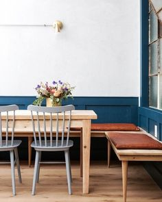banquette-style seating