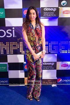 Spotted Aamna Aqeel at Pepsi Unplugged Eid Edition (Ali Azmat) #PepsiUnplugged https://www.facebook.com/media/set/?set=a.935898639798987.1073742766.114808168574709&type=3