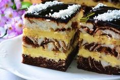 Polish Chocolate and cheesecake slice. Polish Desserts, Cookie Desserts, Just Desserts, Delicious Desserts, Yummy Food, Baking Recipes, Cake Recipes, Cupcake Cakes, Cupcakes