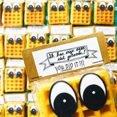 "#intocht #avondvierdaagse #traktatie #youdidit…"" Treats, Cookies, Desserts, Instagram, Food, Sweet Like Candy, Crack Crackers, Tailgate Desserts, Goodies"