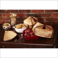 Make your holiday table beautiful with these casserole covers. Find the free patterns at sewnews.com