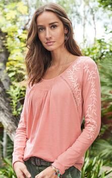Our beautiful embroidered cotton top lends sweetness to any ensemble.