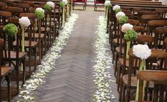 3200 pétales de roses #francefleurs #mariage #fleurs