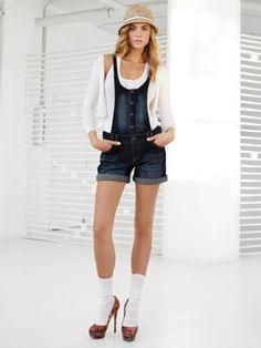 Patterned Denim Shorts #clothes #alice257891 #PatternedDenimShorts #Patterned #Denim #Shorts #newshorts  www.2dayslook.com