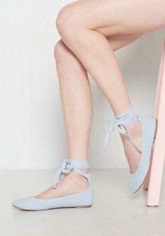 It's time to switch up your style, to phase out any so-so shoes for these fantastic ballet flats! These powder blue beauties are the perfect choice to mark a new era of mod - with wrapping ankle straps and a velvety finish, these steppers were designed to uplift your look!