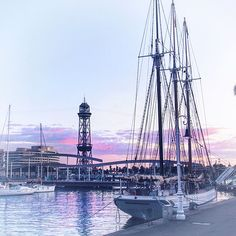 💜 Barcelona 💜. . . . #barcelona #barcelonagram #photo #vsco #moscow #color #ship #sea