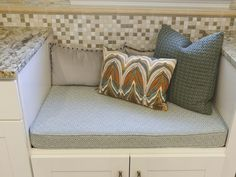 Window Seat - Rockin' Renos from HGTV's Property Brothers on HGTV...I would just use more blues and less browns