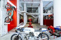 Garage #lifestyle #moto #Ducati