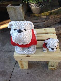 Even baby Bulldogs need a place to stand. Rain Barrel Stand, Baby Bulldogs, Snowman, Outdoor Decor, Home Decor, Decoration Home, Room Decor, Snowmen, Home Interior Design
