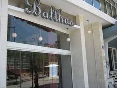 Balthus,+Restaurant,+Downtown,+Beirut:+Balthus+is+a+French+brasserie+catering+to+the+elite.+Quality+of+food+is+first-rate+with+an+extensive+French+wine+list....