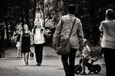 family photoshoot during a walk..