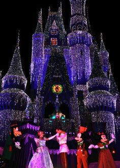 haven't been here yet.. but i KNOW i'm gonna love it ♥ Disney world here I come, november 2012!! :D