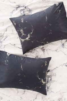 Assembly Home Marble Pillowcase Set - Urban Outfitters