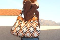 Roomy Pleated Bag Pattern & Tutorial by Warehouse Fabrics