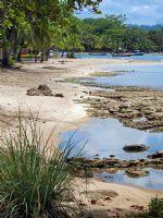 Puerto Viejo de Talamanca esta localizado en las playas del Océano Atlántico de la provincia de Limón y es una  playa paradisíaca para los amantes del mar. Dentro de  una exótica flora y fauna se encuentra un pueblo costero con unas playas maravillosas de agua azul cristalina y con sorprendentes oportunidades para el surfing.