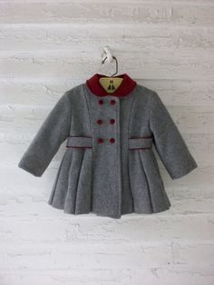 Vintage Toddler Coat i still have this exact coat w/ matching hat bought over 30 years ago. Baby Outfits, Toddler Outfits, Kids Outfits, Toddler Girls, Little Girl Fashion, Toddler Fashion, Kids Fashion, Womens Fashion, Childrens Coats