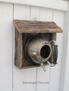 Adorable rustic re-purposed bird house via @ScavengerChic #birdhouse #woodcraft #rustic