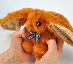 Zajączek cynamonowy - 8 cm (proj. Leluko), do kupienia w DecoBazaar.com