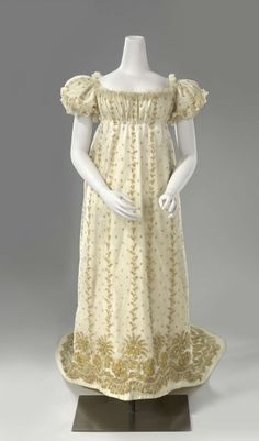 Court Dress with Train: ca. 1806-1810, French, silk tulle with metallic-plated lamé, lined with silk.