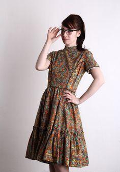 Vestido Vintage Folk. Vestido de baile. Falda evasé. por VeraVague