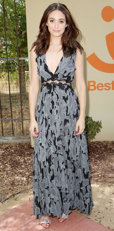 Emmy Rossum defined summer perfection at the Windows 10 and Best Friends Animal Society in a blue-and-black plunge-neck Thakoon design, complete with jewelry courtesy of Dana Rebecca Designs.