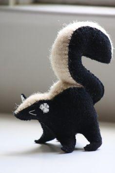 Little skunk- wool animal (reserved) Sewing Stuffed Animals, Stuffed Animal Patterns, Dinosaur Stuffed Animal, Felt Diy, Felt Crafts, Woodland Decor, Woodland Nursery, Plush Pattern, Soft Sculpture