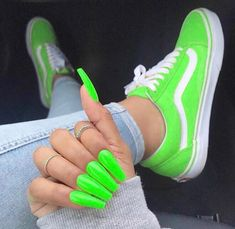 Nail Colors Are Perfect For The Shoes This Summer; Amazing Nail Colors Are Perfect For The Shoes This Summer;Amazing Nail Colors Are Perfect For The Shoes This Summer; Bright Summer Acrylic Nails, Neon Green Nails, Cute Acrylic Nails, Glitter Nails, Yellow Nails, Acrylic Nails Green, Summer Nails Neon, Sparkles Glitter, Black Glitter