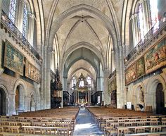 Angers Cathedral (Cathédrale Saint-Maurice d'Angers), France  photo © Adrian Fletcher