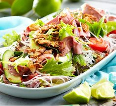 Thai beef salad with glass noodles Summer entertaining is easy with dishes like this mouth-watering salad. Thai Beef Noodle Salad, Glass Noodle Salad, Asian Recipes, Beef Recipes, Cooking Recipes, Thai Recipes, Wok, Pak Choy, Dressings