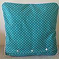 Tut of the cushion with removable cover - My New Little World Sewing Tutorials, Sewing Patterns, Patchwork Cushion, Couture Sewing, Knitting Projects, Cushions, Textiles, Voici, Crochet