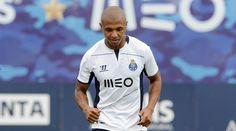 FC Porto Noticias: ARGÉLIA DE BRAHIMI DERROTADA PELO GANA