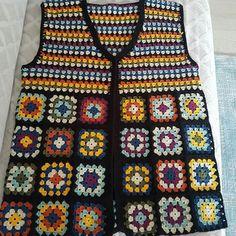 oğuz civil's media content and analytics Easy Crochet Blanket, Crochet Cardigan, Crochet Blanket Patterns, Knit Crochet, Bolero, Baby Girl Crochet, Vest Pattern, Crochet Clothes, Baby Knitting