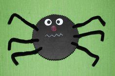 Spinnen basteln - Kinderspiele-Welt.de