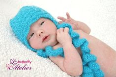 crochet hat - beads and blue