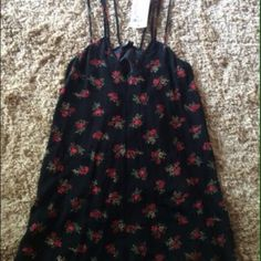 Brandy Melville Dress. Size : one size fits all Only worn once in good condition! Willing to negotiate price or trade! Brandy Melville Dresses Mini