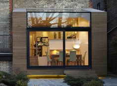 White oak doubles up as an interior and exterior solution bringing warmth and brightness to Church Crescent in North London Architecture Extension, Interior Architecture, Interior And Exterior, Exterior Solutions, Glass Extension, Rear Extension, Extension Ideas, Timber Cladding, Exterior Cladding