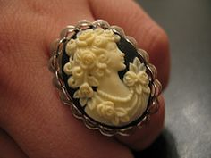 Bought one at a thrift store back in hs that i LOVED.  sadly, it was stolen in dc when my apt was broken into.  Would love to have another one day...Cameo ring