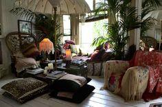 Smart Idea Bohemian Apartment Decor Modern Ideas Bohemian Decor Boho Chic Home Decor 25 Interior Bohemian Living, Bohemian Room, Bohemian Style, Vintage Bohemian, Boho Chic, Hippie Bohemian, Bohemian Gypsy, Gypsy Style, Hippie Chic
