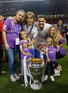 Modric & Kovacic Real Madrid Champions League 12 duodecima Cardiff 2017